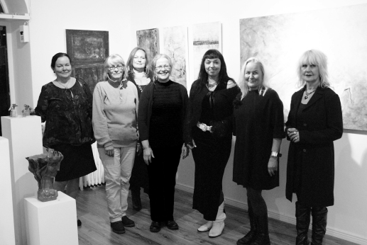 my art exhibition opening ! All the artists in the exhibition