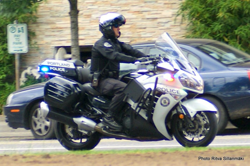 Motorcycle - police