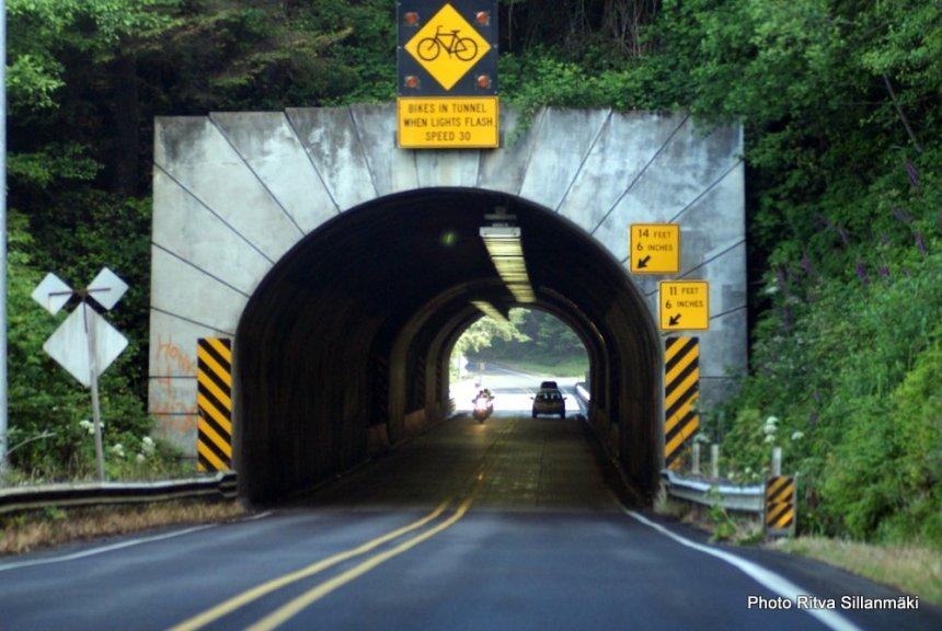 road thru tunnel