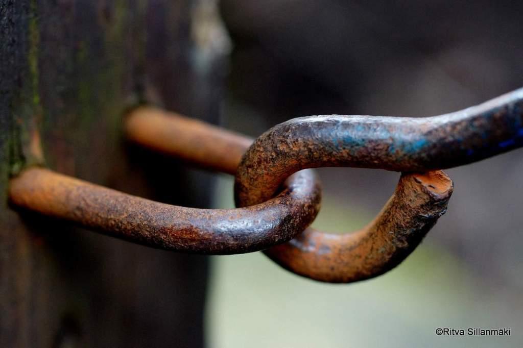 lock sharp