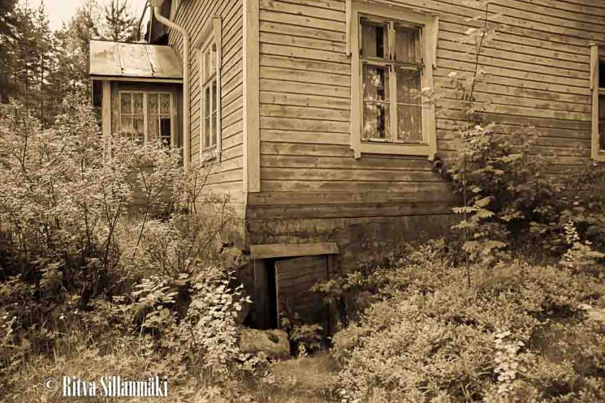 run-down houses-8