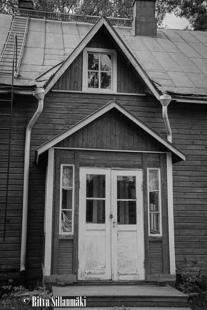 run-down houses-14