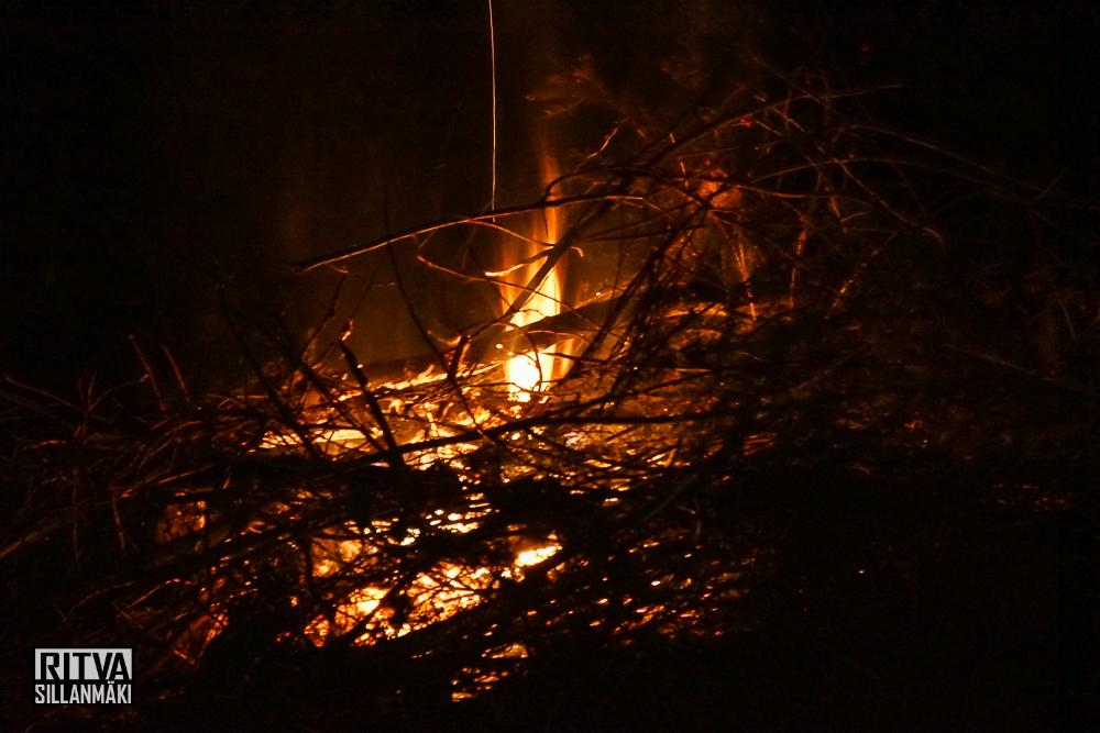 bonfire (5 of 12)