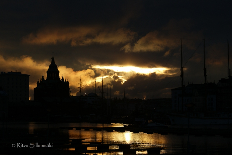 Helsinki silouette