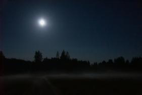 Full moon (11 of 21)