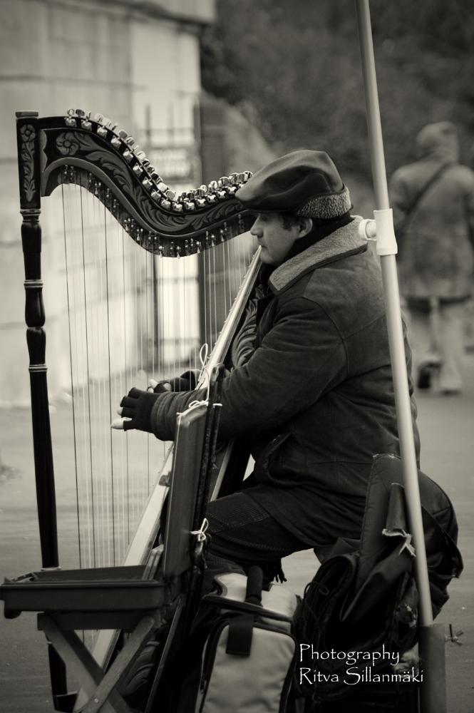 Parisian Musician_ Ritva Sillanmäki