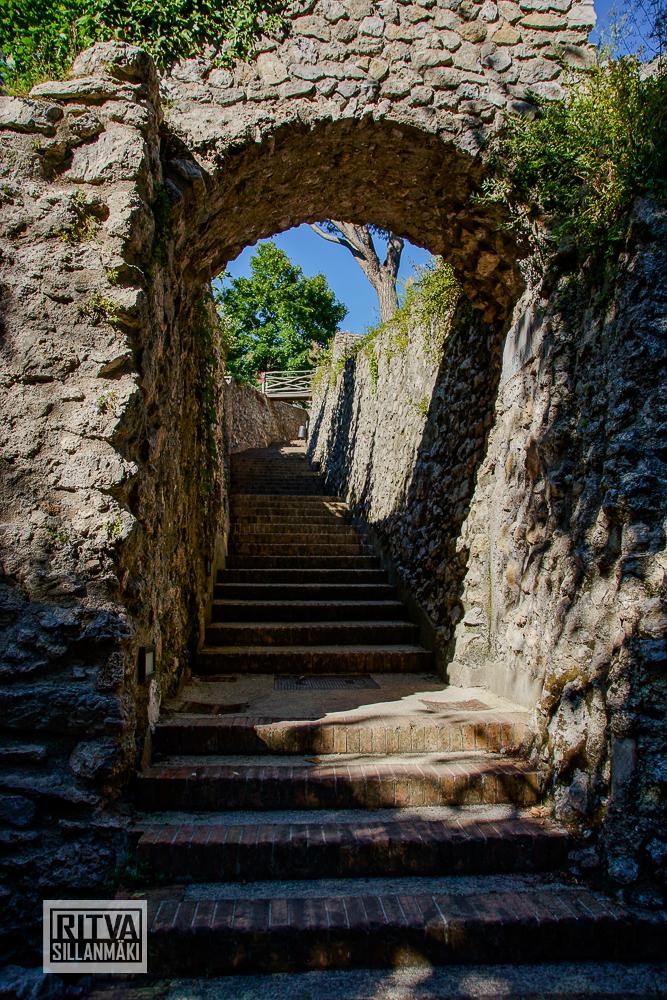 stairway (1 of 1)-2