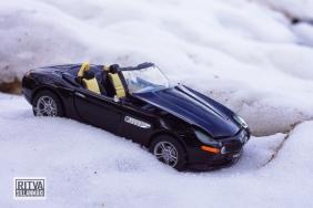 Vehicle (17)