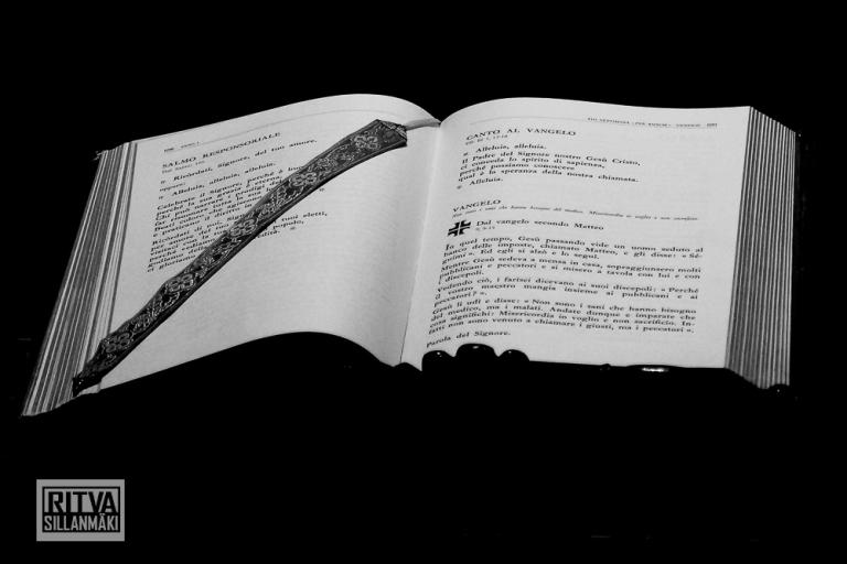 Ritva Sillanmäki - book-close-up