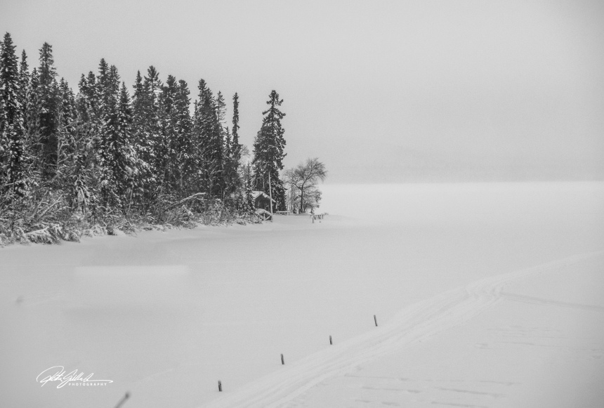 lapland-_-lake-covered-in-snow-bw-1-of-1