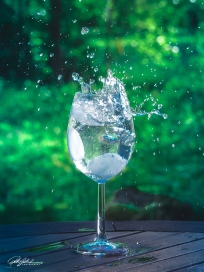 Splash in a glass 4