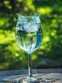 Splash in a glass 1
