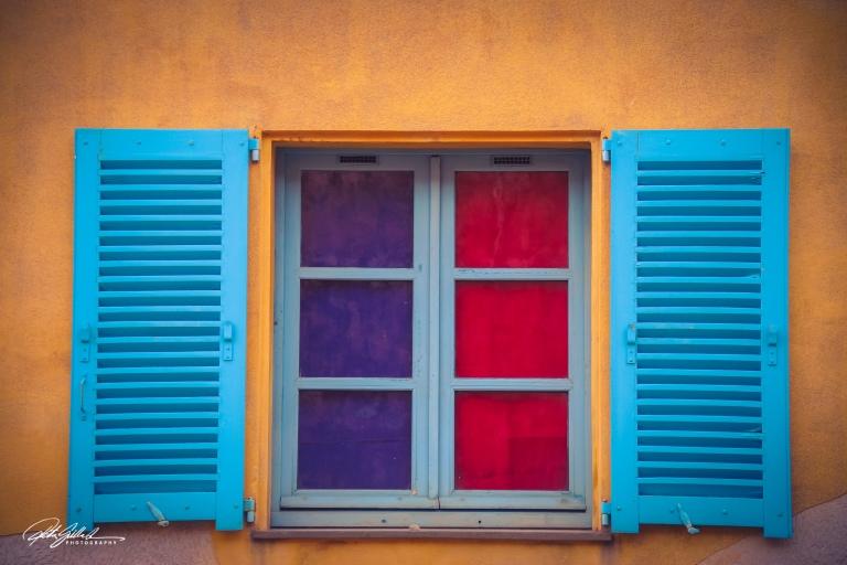 Villafranche sur mer window (1 of 1).jpg